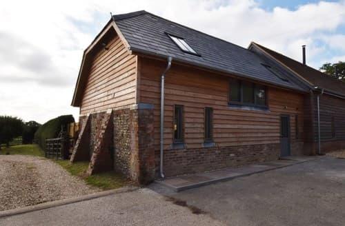 Last Minute Cottages - Attractive Salisbury Barn S123127