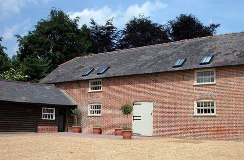 Big Cottages - Charming Fordingbridge Cottage S123162