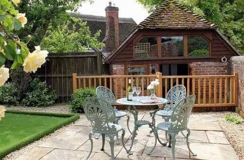 Last Minute Cottages - Delightful Downton, Wiltshire Cottage S123207