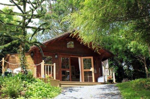 Last Minute Cottages - Cosy Crowlas Cottage S123271