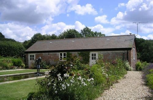 Last Minute Cottages - Exquisite Shaftesbury Cottage S123300