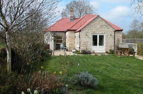 Last Minute Cottages - Inviting Seend Cottage S123301