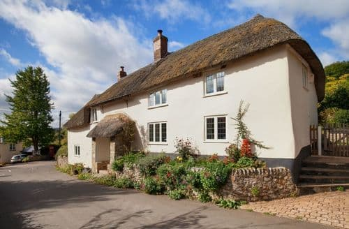 Last Minute Cottages - Lovely Honiton Cottage S123327