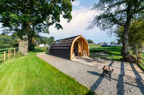 Last Minute Cottages - Charming Bolton By Bowland Lodge S123377