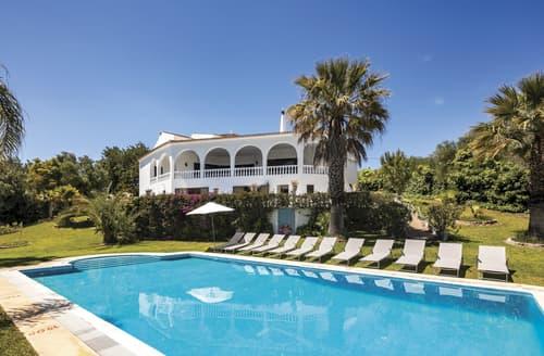 Last Minute Cottages - Villa Calinho