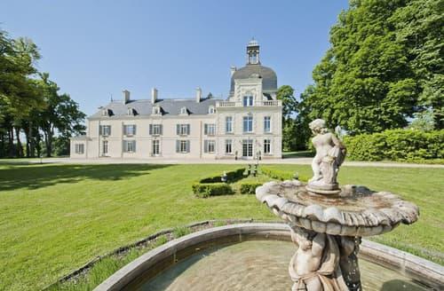 Last Minute Cottages - Chateau De La Tour