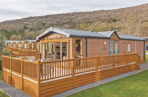 Last Minute Cottages - Beautiful Cheddar Lodge S123582