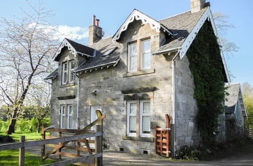 Last Minute Cottages - Inviting Skelmorlie Cottage S123593
