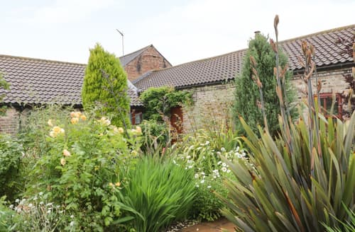 Last Minute Cottages - Exquisite Beverley Cottage S123695