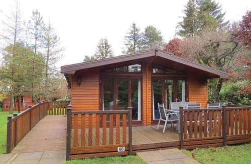 Last Minute Cottages - Beautiful Matlock Lodge S123710