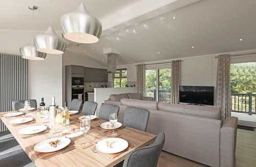 Last Minute Cottages - Stunning Pentney Lodge S123943