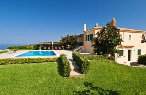 Last Minute Cottages - Villa Alba, near Minia