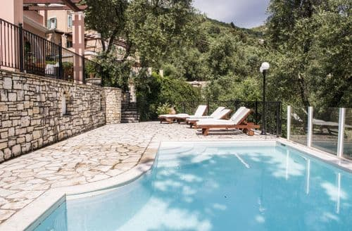 Last Minute Cottages - Villa Portokalia (4 guests), Orchard Villas, Yialiskari Bay