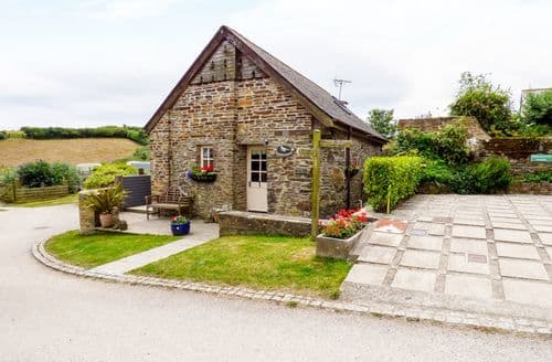 Last Minute Cottages - Inviting Gorran Haven Cottage S124054