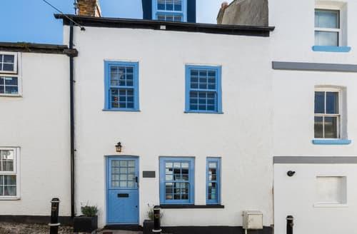 Last Minute Cottages - Darley Cottage