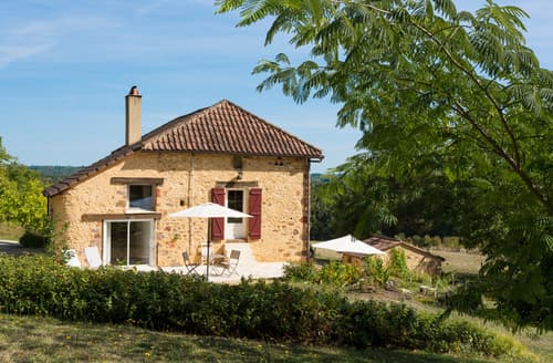Last Minute Cottages - Tasteful Rognes Cottage S124071