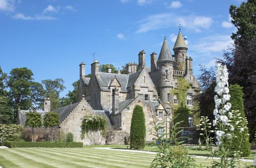 Big Cottages - Kirkliston Castle