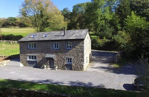 Last Minute Cottages - Lovely Buckfastleigh Cottage S124115