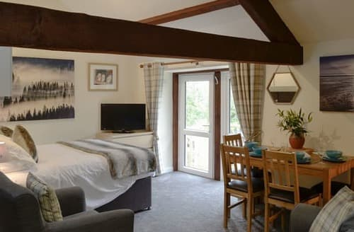 Last Minute Cottages - Adorable Caldbeck Fells Lodge S124130