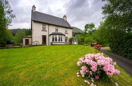 Big Cottages - Portnellan   Stob Binnein S103052