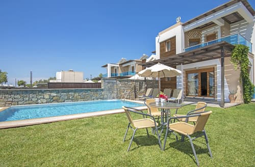 Last Minute Cottages - Villa Clementine