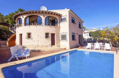 Last Minute Cottages - Villa Neus