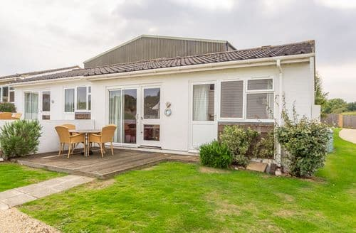 Last Minute Cottages - Cape A9, Yarmouth