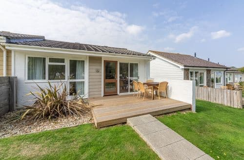 Last Minute Cottages - Gorgeous Yarmouth Cottage S124819