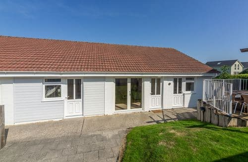 Last Minute Cottages - Munday H1, Yarmouth