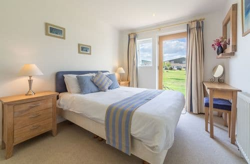Last Minute Cottages - Saltbox B4, Yarmouth