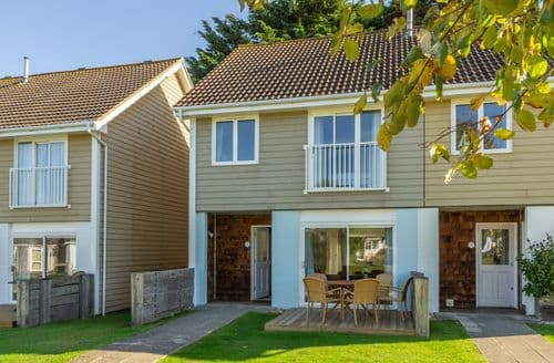 Last Minute Cottages - Whitfield P2, Yarmouth