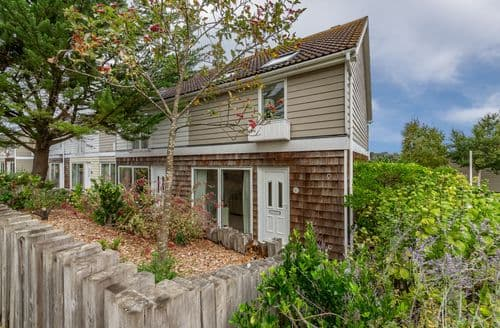 Last Minute Cottages - Delaware M1, Yarmouth