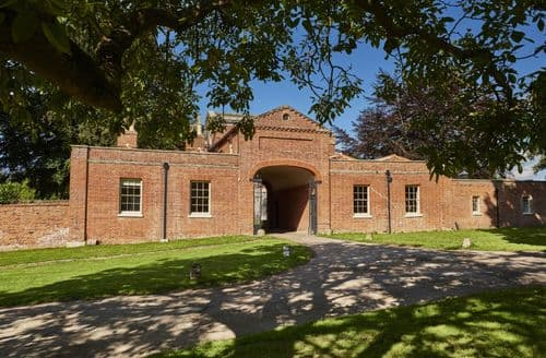 Last Minute Cottages - The Treasury, Wolterton, near Norwich