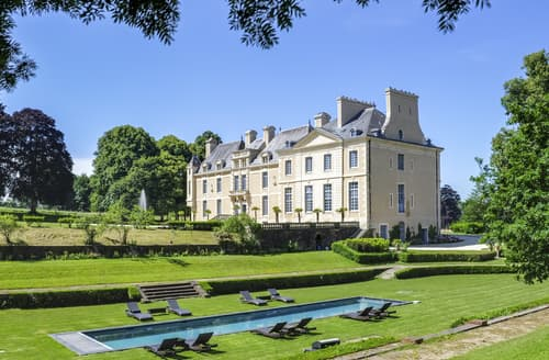 Last Minute Cottages - Chateau De L'Empereur
