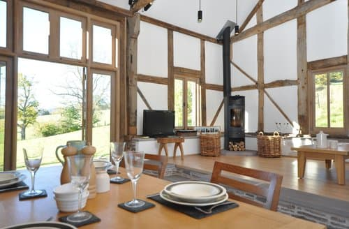Last Minute Cottages - Captivating Abergavenny Barn S124986