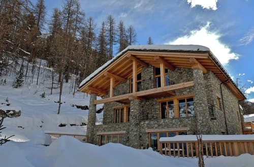 Last Minute Cottages - Chalet Lumiere
