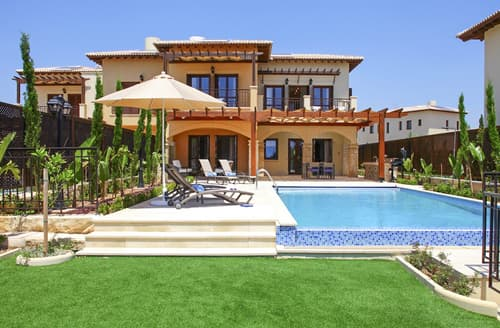Last Minute Cottages - Villa Xenia