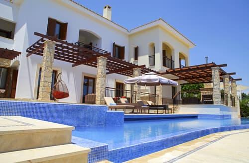 Last Minute Cottages - Villa Cipriana