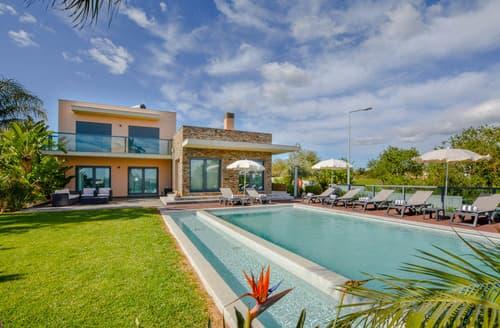 Last Minute Cottages - Villa Florestina