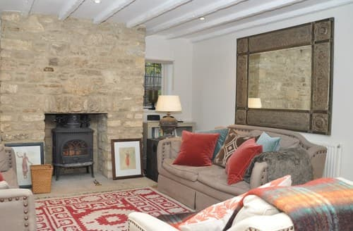Last Minute Cottages - Cosy Cirencester Cottage S125182