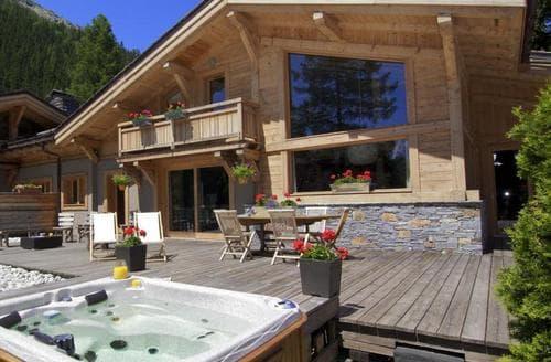 Last Minute Cottages - Chalet Argile