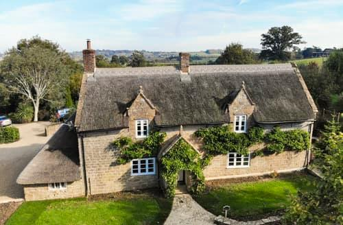 Last Minute Cottages - Quaint Whitelackington Cottage S125257