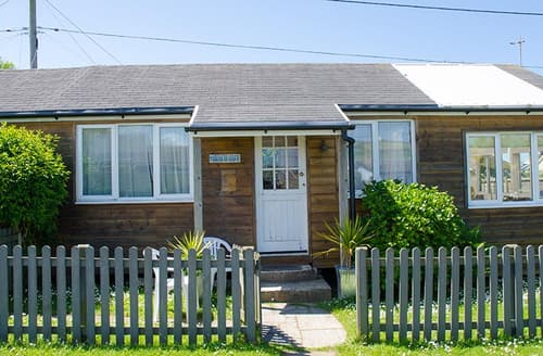 Last Minute Cottages - The Beach Hut