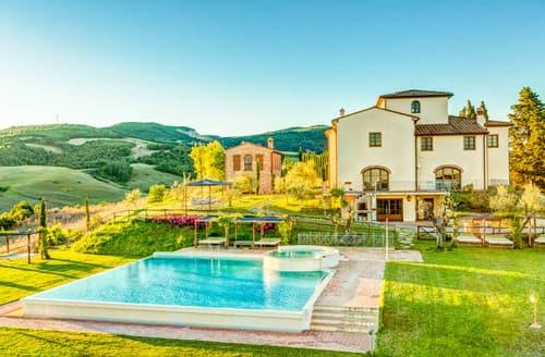 Last Minute Cottages - Villa dei Cedri