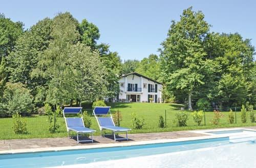 Last Minute Cottages - Beautiful Ascain Cottage S125432