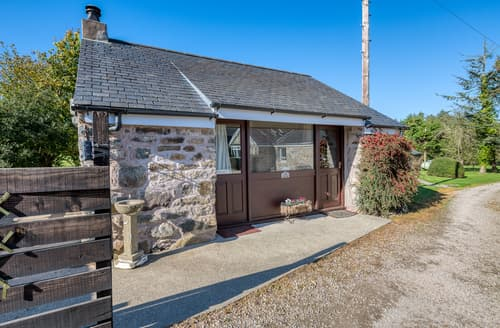 Last Minute Cottages - Adorable Llanbedrog Cottage S125467