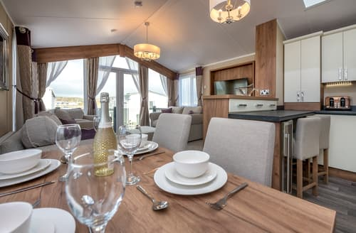 Big Cottages - Luxury Pwllheli Lodge S125551