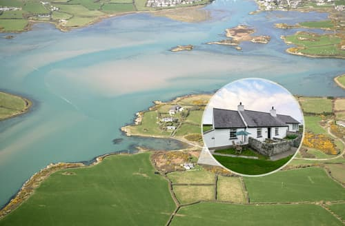 Last Minute Cottages - Exquisite Holy Island Cottage S125555