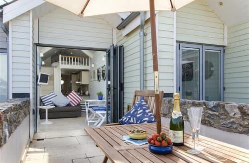 Last Minute Cottages - Shaldon Beach Hut 2