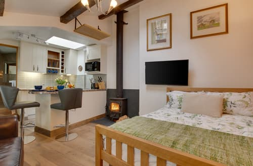 Last Minute Cottages - Quaint Clappersgate Cottage S125613